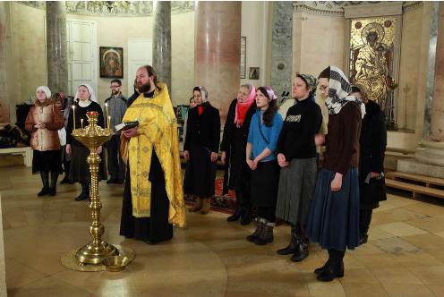 В храме св.блгв.Царевича Димитрия (при 1-й Градской больнице) состоялся молебен по поводу окончания курсов нянечек для многодетных семей
