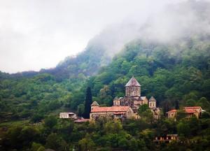 800px-Gelati_Monastery_4