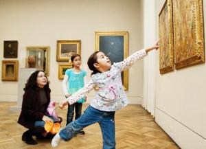 Зачем водить детей в музей?