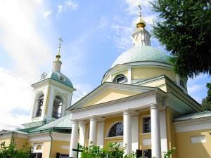 Church_of_Nativity_of_John_the_Baptist_in_Ivanovskoye_03