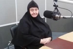Светлый вечер с монахиней Софией (Ищенко) (эфир от 04.02.2015)