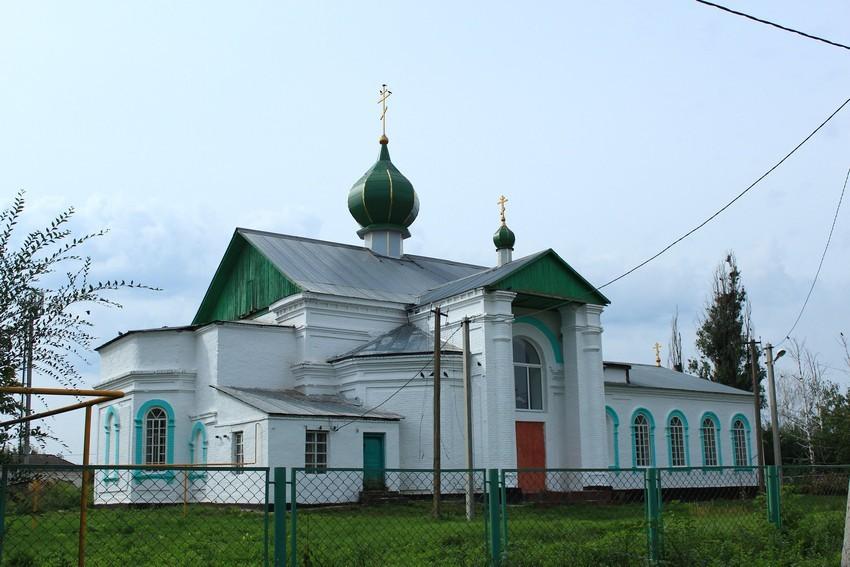 Елховка. Храм во имя Святой Троицы