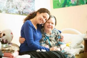Сиделки для домов престарелых
