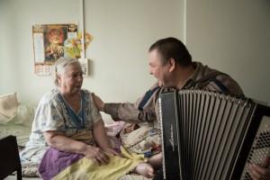 Музыкальная терапия в домах престарелых
