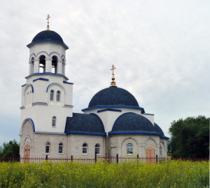 Томылово Храм