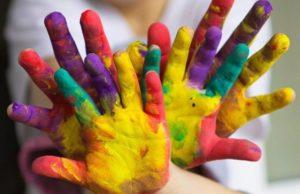 Волонтеры-художники для Морозовской детской больницы