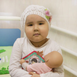 Трансплантация костного мозга для малышки Асель