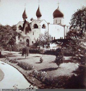 Покровский храм Марфо-Мариинской обители