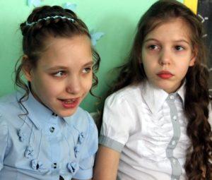 Близняшки Настя и Даша Пискаревы ждут помощи!