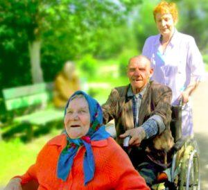 «Старость в радость»: добрый эксперимент в трех областях России