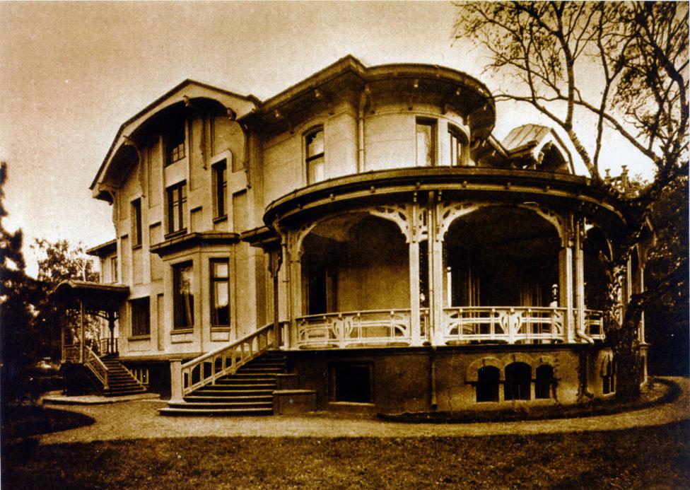 Дом В.Д.Носова на Введенской площади