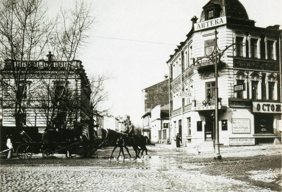 Улица Остоженка