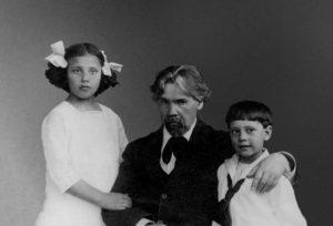 Василий Суриков и Наталья Кончаловская