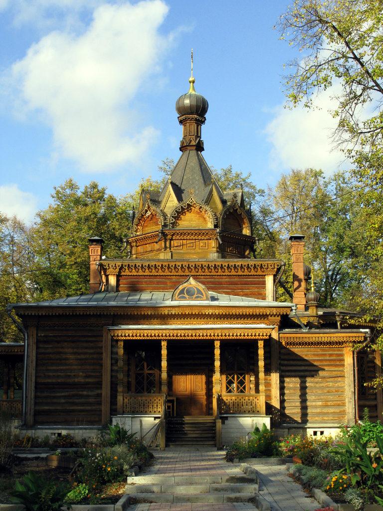Церковь Тихона Задонского в Сокольниках