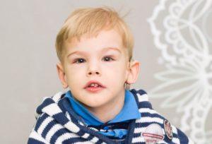 Артем Гудков: помочь веселому мальчику с тяжелыми диагнозами