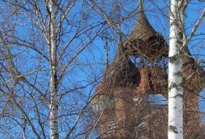 Отремонтировать крышу и окна в старинном храме