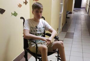 Арсений Ераносьян: вылечить ноги и играть в футбол