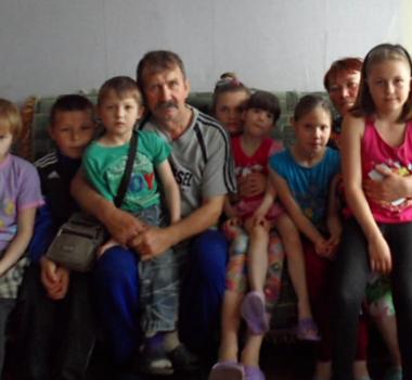 Новая крыша для дома многодетной семьи Крутяковых