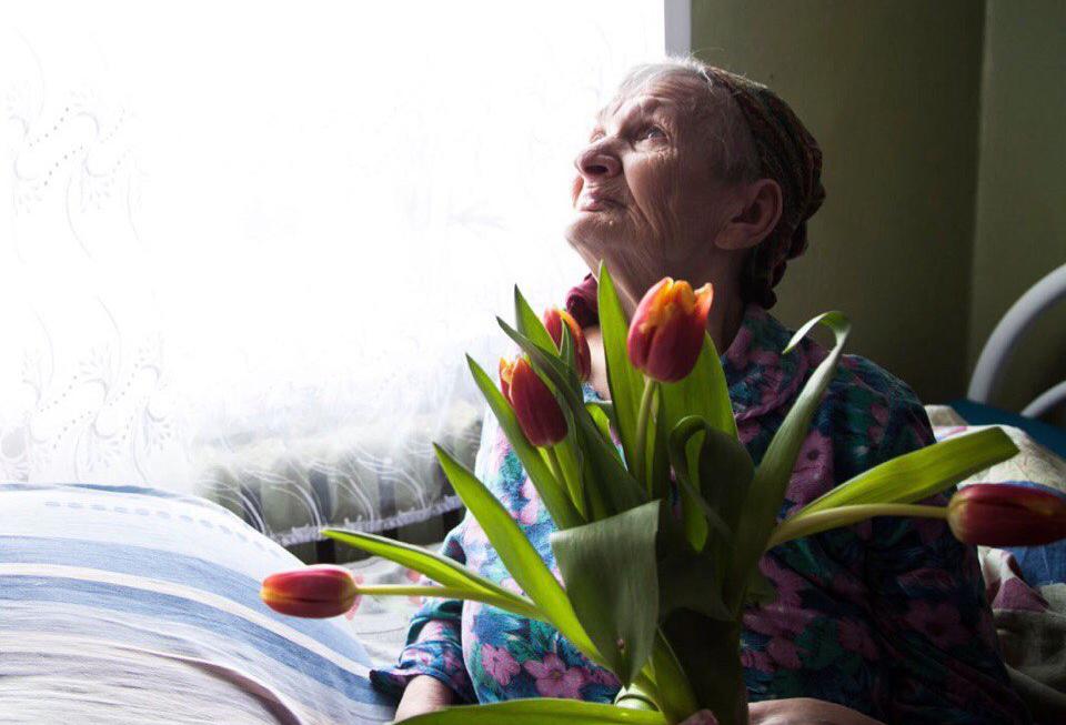 Волонтеры в дома престарелых видеодомофон для частного дома купить в москве