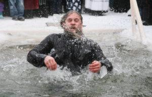 Актуальная тема — 19 января. Отрадиции троекратного погружения вкупель вовремя крещения