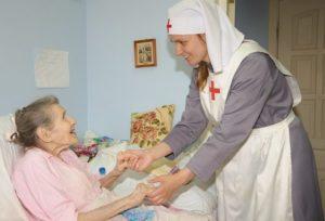 Программа «Сиделки»: окно в мир для тяжелобольных людей