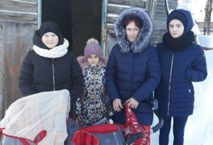 Тепло для многодетной мамы Галины и ее четырех дочерей