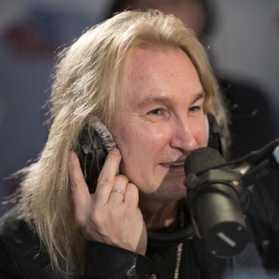 Музыкант Александр Иванов