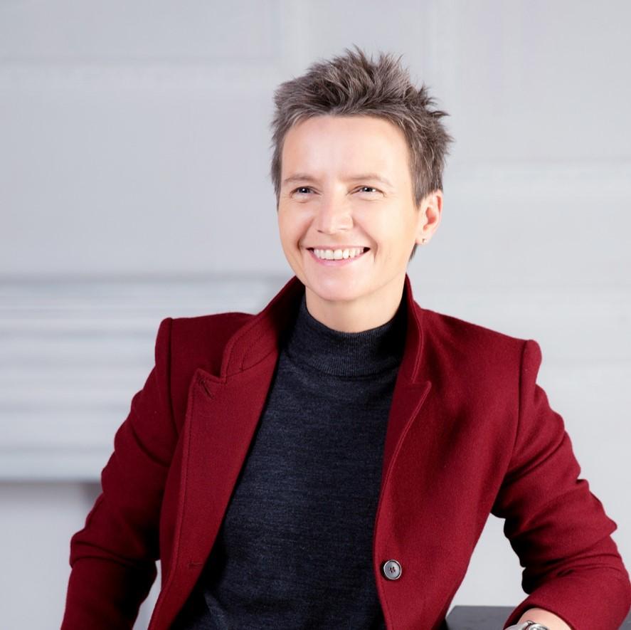 Певица Светлана Сурганова